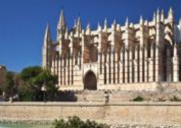 catedral-palma-de-mallorca-9935219-istock-jpg_15509059